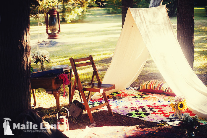 01_anthropologie_inspired_engagement_photography_vintage
