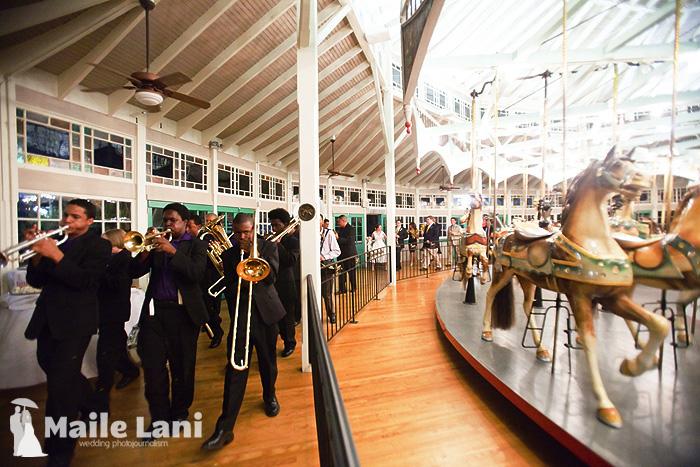 26_city_park_wedding_new_orleans_carousel