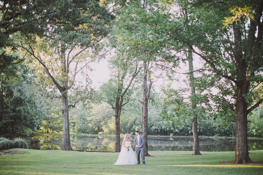 42_heartwood_hall_memphis_wedding