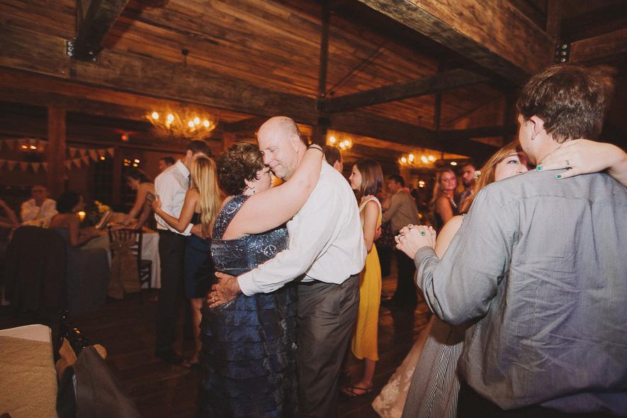 55_heartwood_hall_memphis_wedding