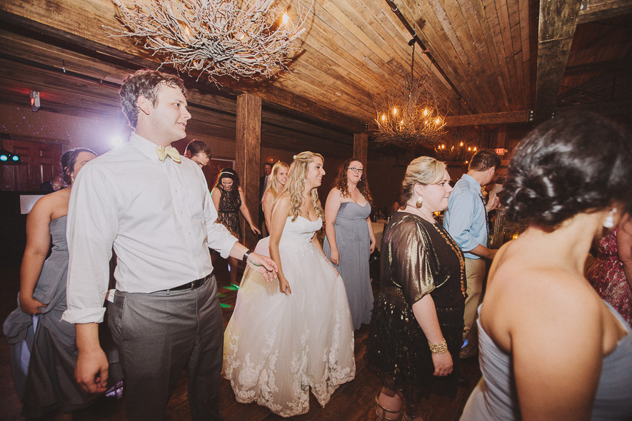 58_heartwood_hall_memphis_wedding