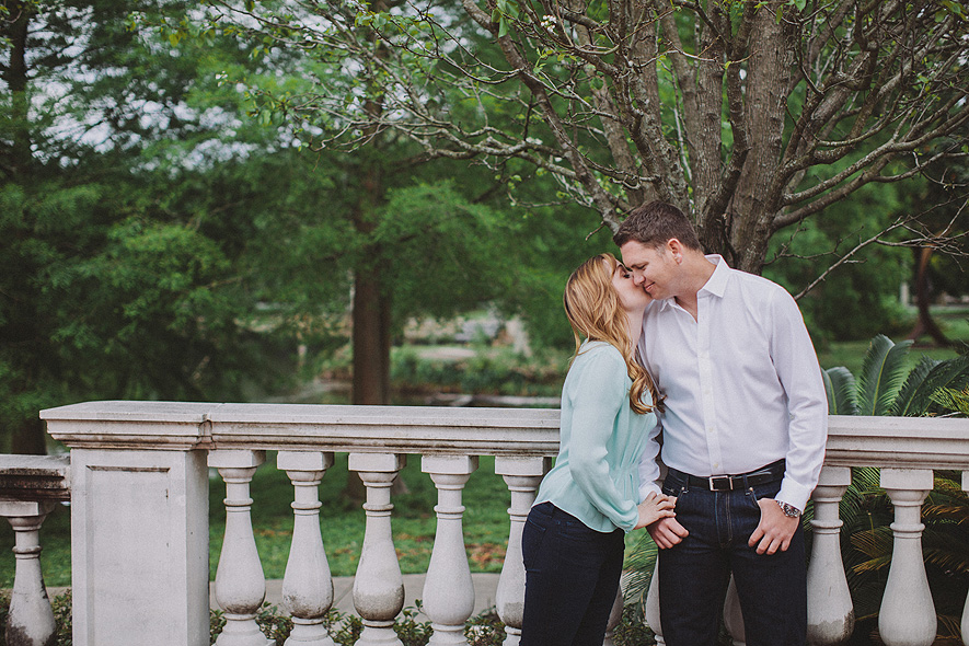 11_audubon_park_engagement_photographs