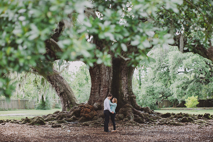 16_audubon_park_engagement_photographs