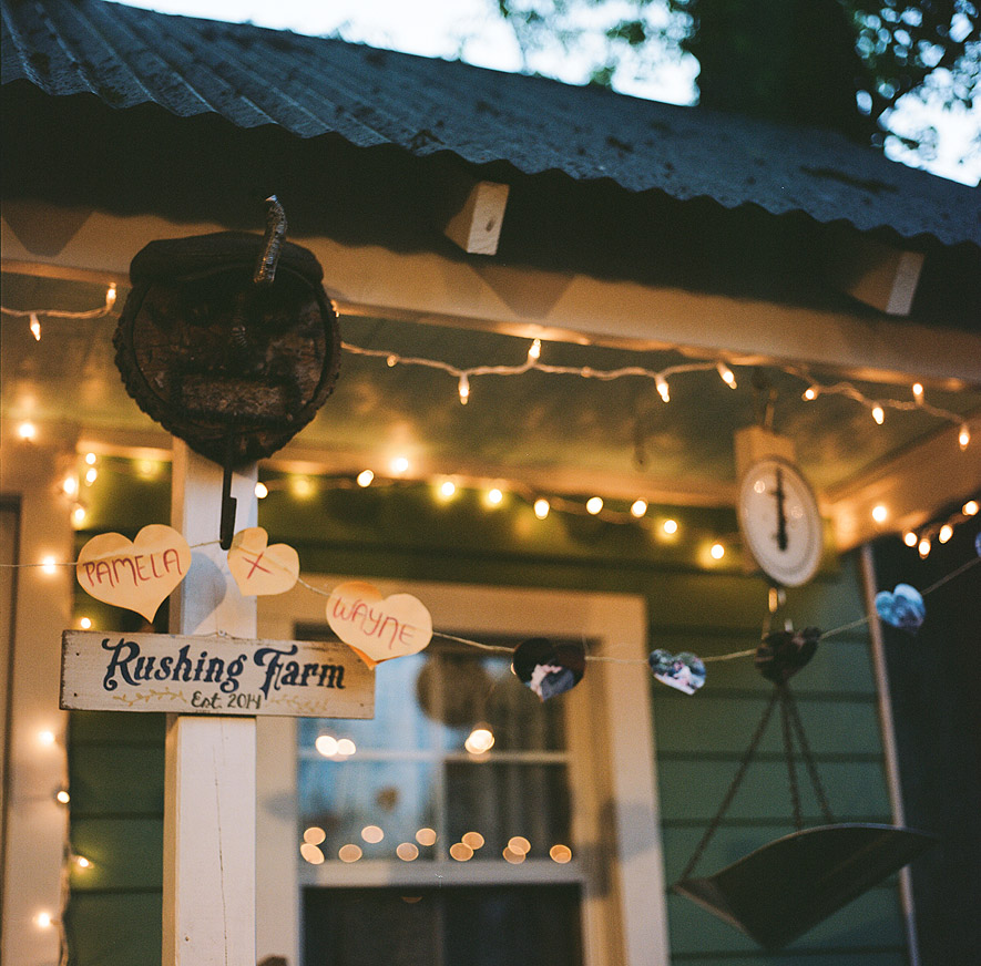 60_backyard_wedding_photography