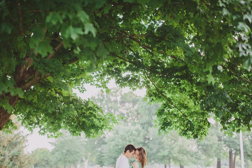 centennial-park-engagement-session-nashville-wedding-photographer-02