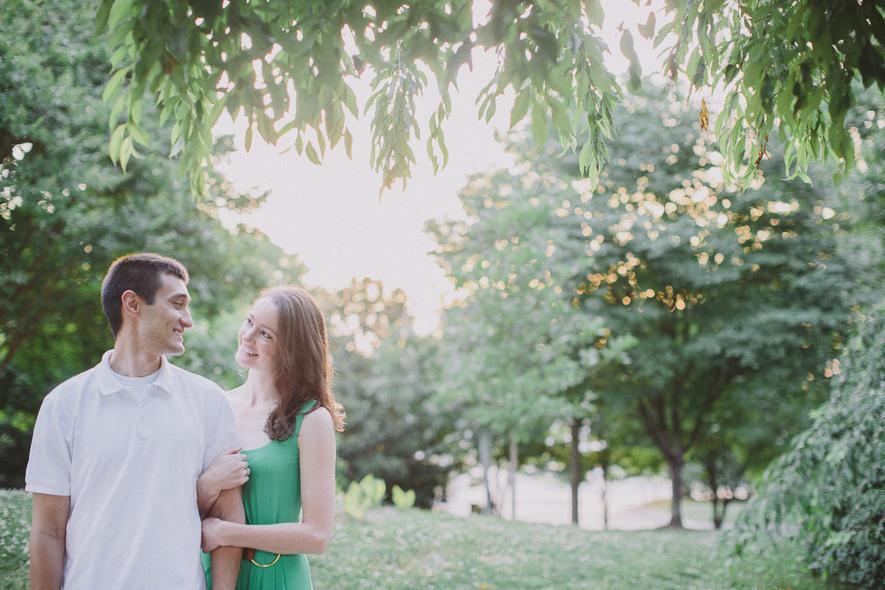 centennial-park-engagement-session-nashville-wedding-photographer-05