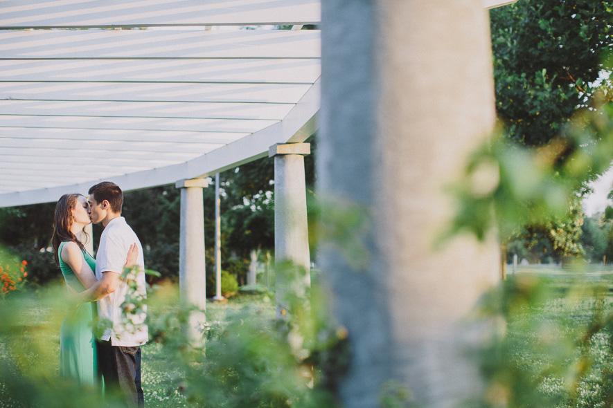 centennial-park-engagement-session-nashville-wedding-photographer-17