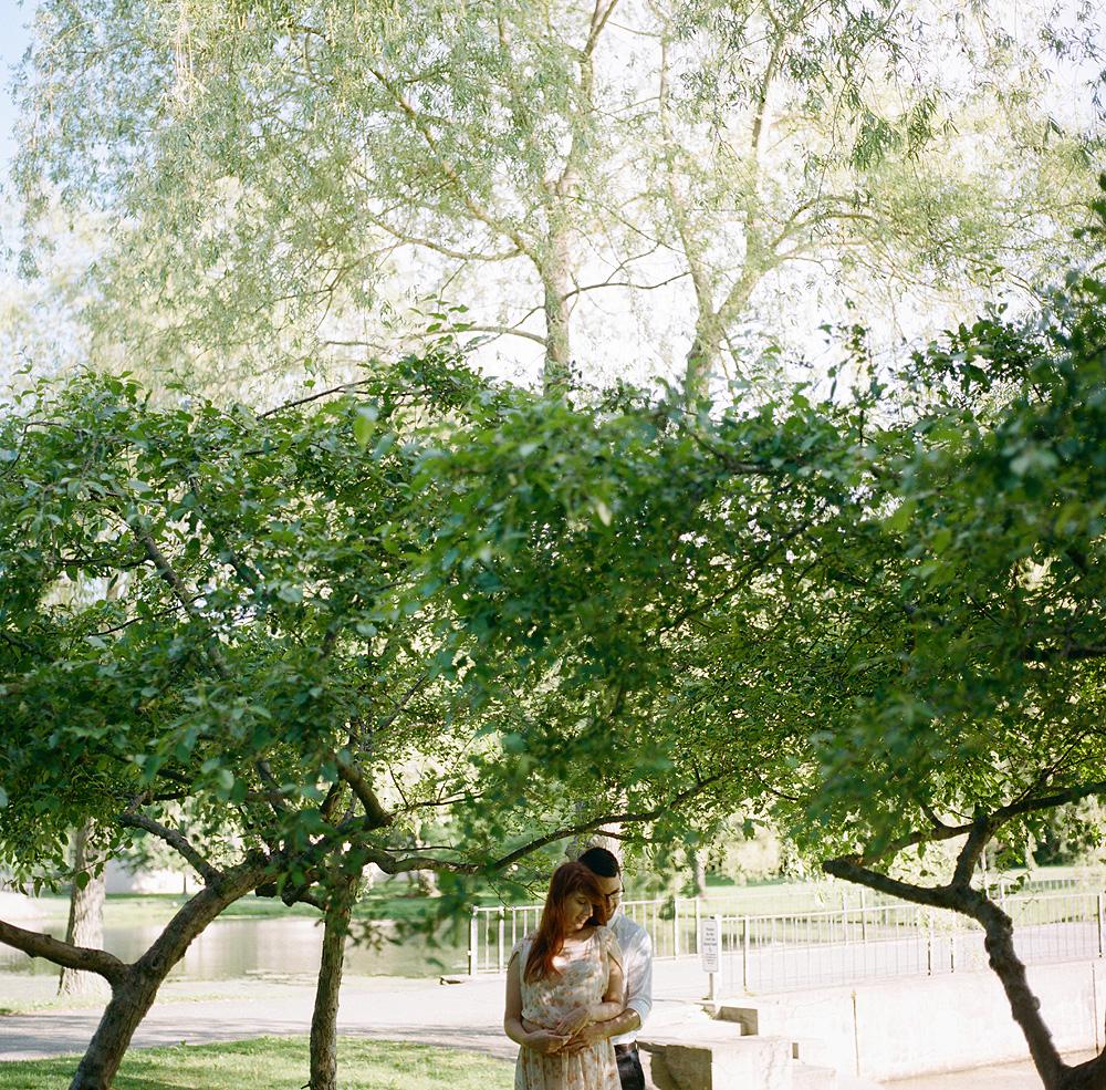 05-boston-engagement-photos-film