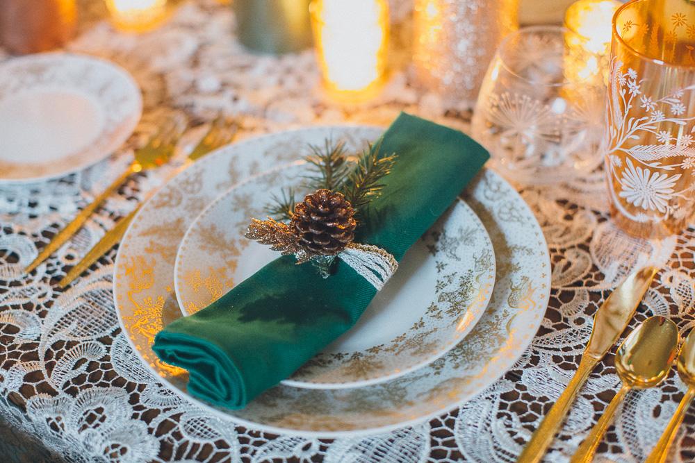02-diy-holiday-decorations