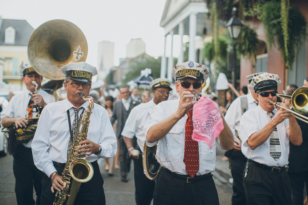 047-new-orleans-wedding-second-line