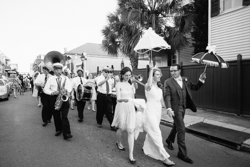 054-new-orleans-wedding-second-line