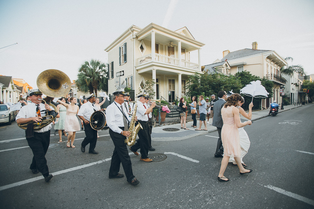 055-new-orleans-wedding-second-line
