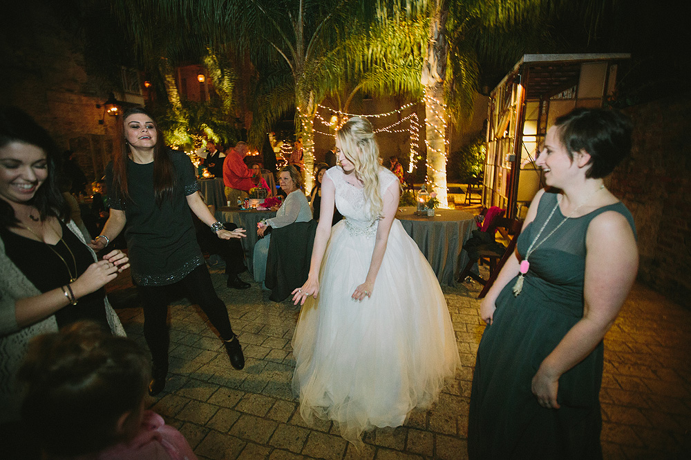 26-race-and-religious-new-orleans-wedding-photos