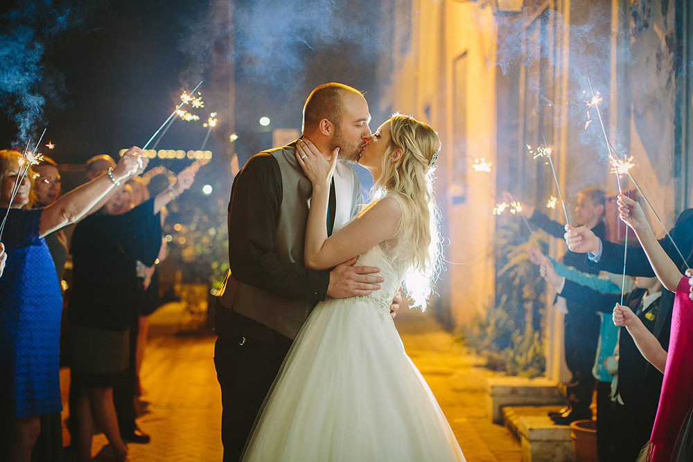 29-race-and-religious-new-orleans-wedding-photos